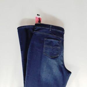 Lee Classic Fit Straight Leg Jeans Plus Size 24W L
